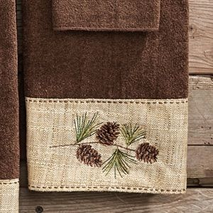 Avanti Linens Pinecone Lodge Hand Towel